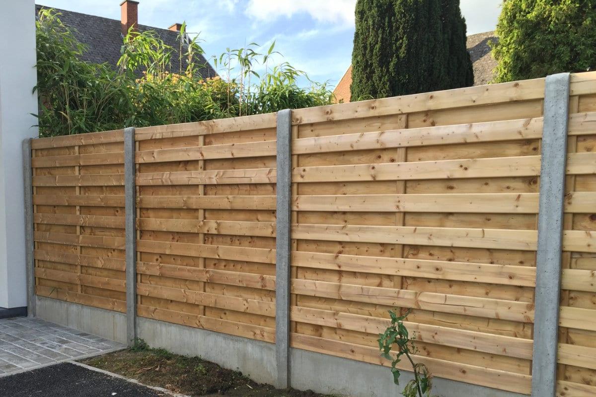 clôtures en bois plaque béton
