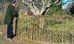 tresser branches panneau tresse